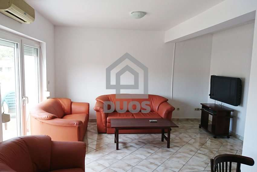 Apartment on an excellent location near the sea and beach - good offer - Murter 3