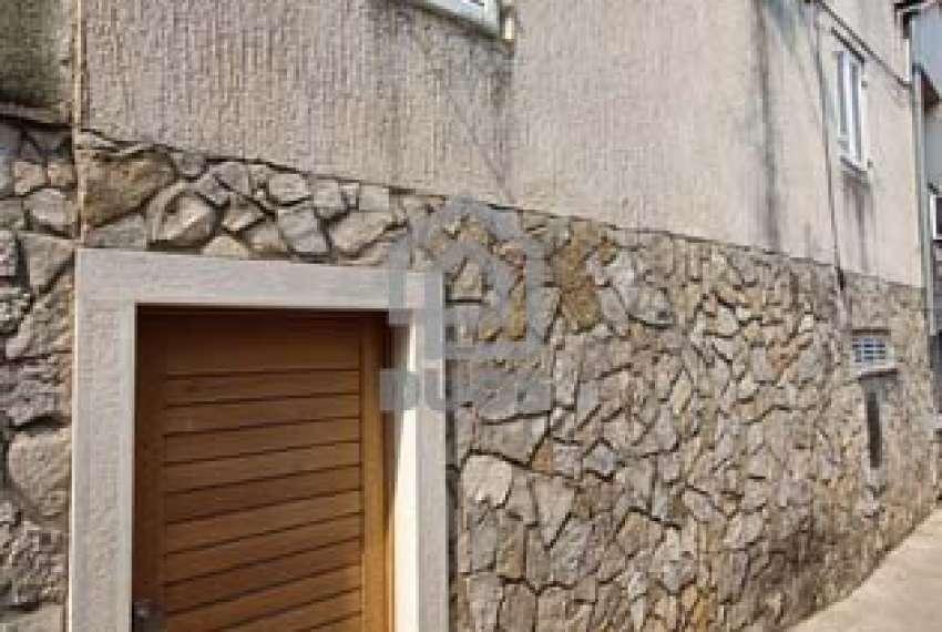 Murter - kamena kuća - blizu centra - prilika 26