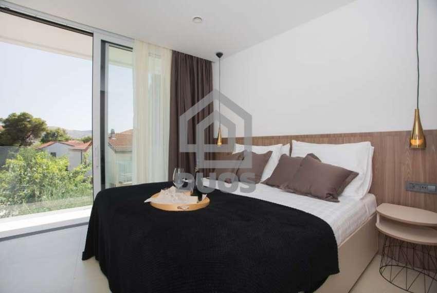 Žaborić - apartman u novoj luksuznoj vili blizu mora 13