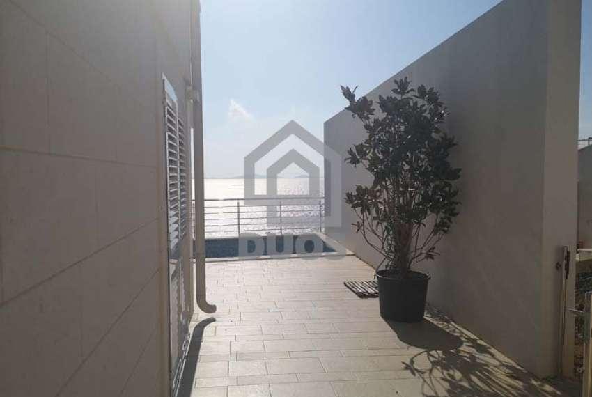 Murter - luksuzni četverosobni stan s pogledom na more i Kornate
