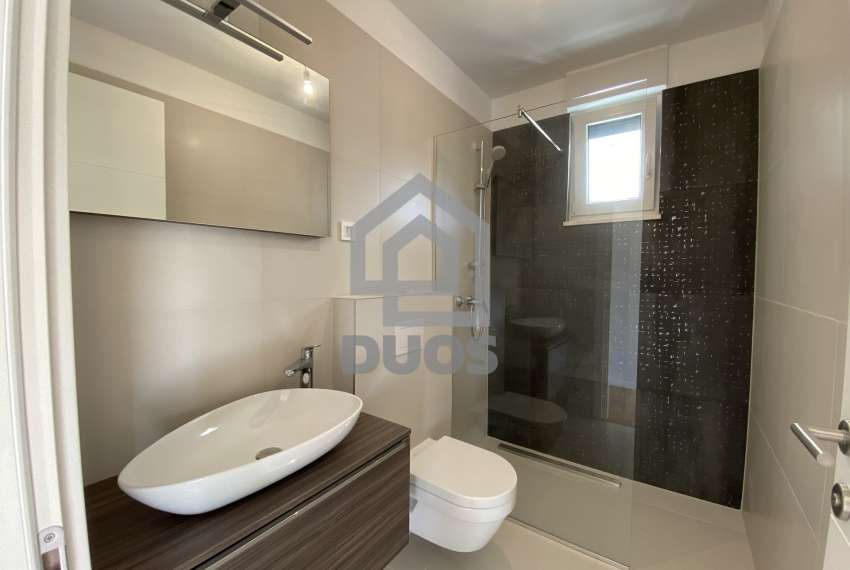 Luxury apartment in the basement of a building with two bedrooms and a swimming pool 14