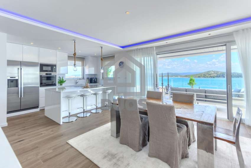 Luxury penthouse by the sea - parking - TOP REAL ESTATE 7
