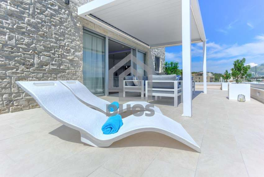 Luxury penthouse by the sea - parking - TOP REAL ESTATE 4