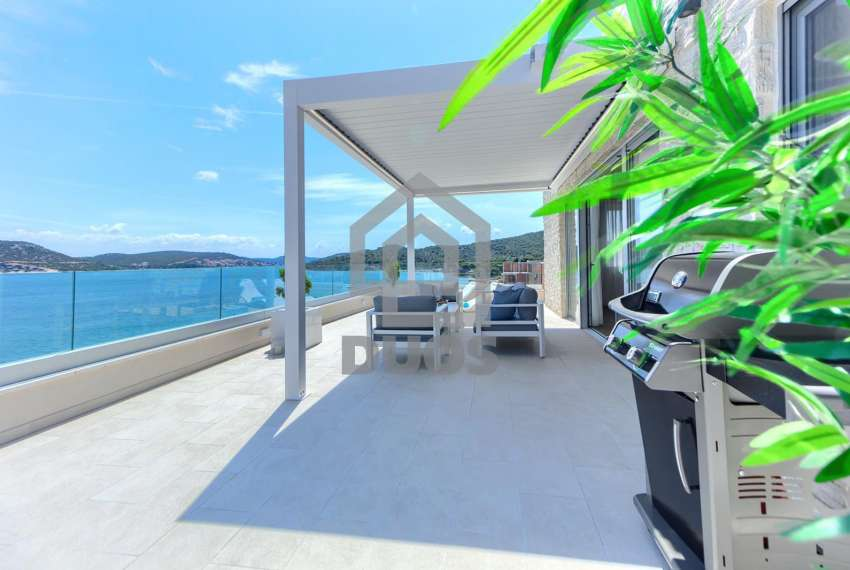 Luxury penthouse by the sea - parking - TOP REAL ESTATE 3