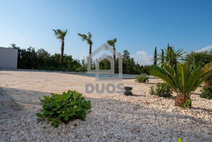 Luksuzna vila - Murter- bazen - pogled na more 305 m2 5