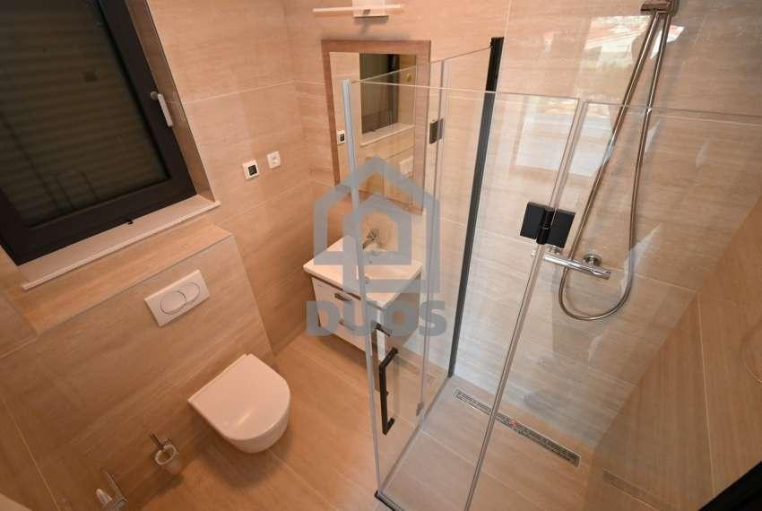 Luksuzna vila - Murter- bazen - pogled na more 305 m2 17