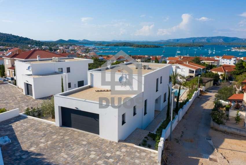 Luksuzna vila - Murter- pogled na more 245 m2 4