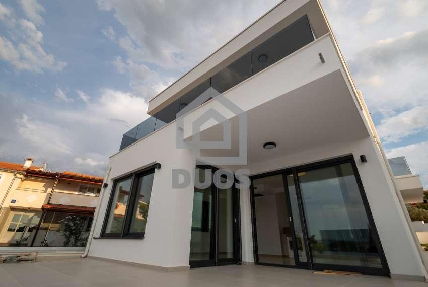 Luksuzna vila - Murter- pogled na more 245 m2 16
