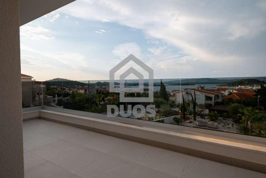 Luksuzna vila - Murter- pogled na more 245 m2 23