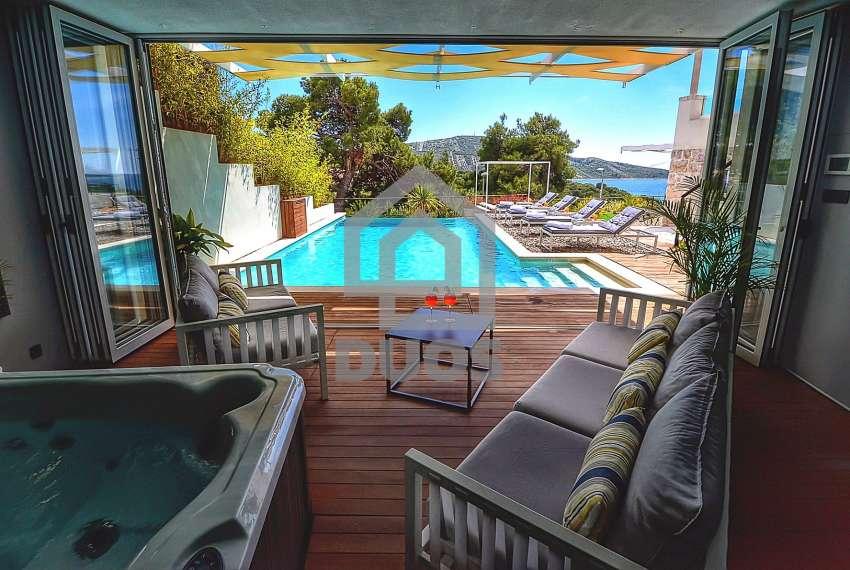 Prekrasna vila u mjestu Primošten s pogledom na more - privatnost osigurana 14