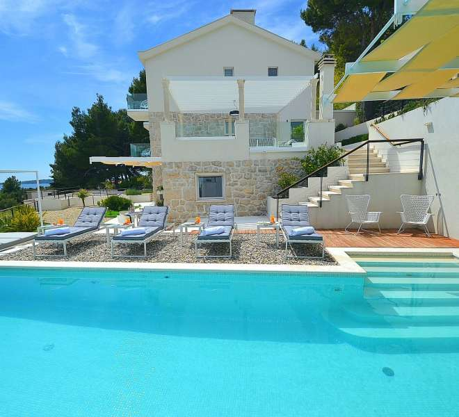 Beautiful villa in Primosten with sea view - privacy guaranteed