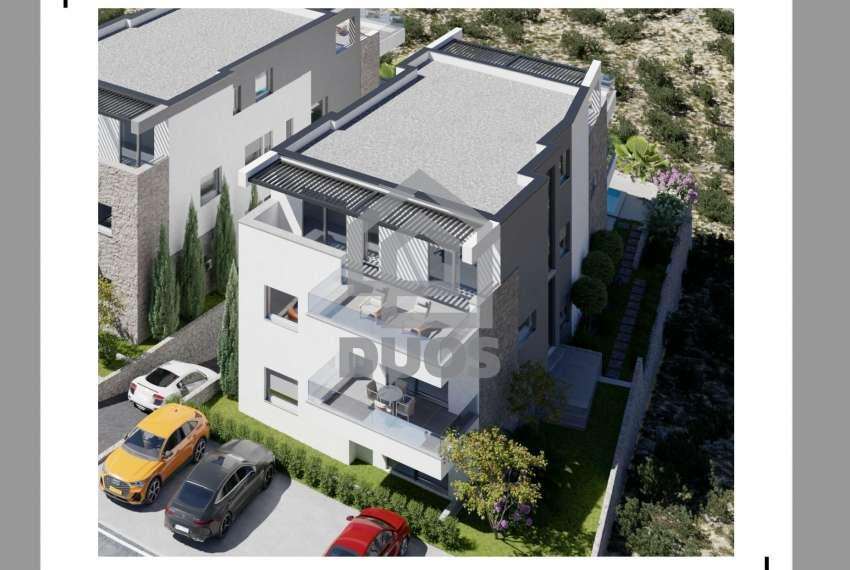 Novogradnja - apartman s dvije spavaće sobe - blizina plaže - Murter - vrt 6