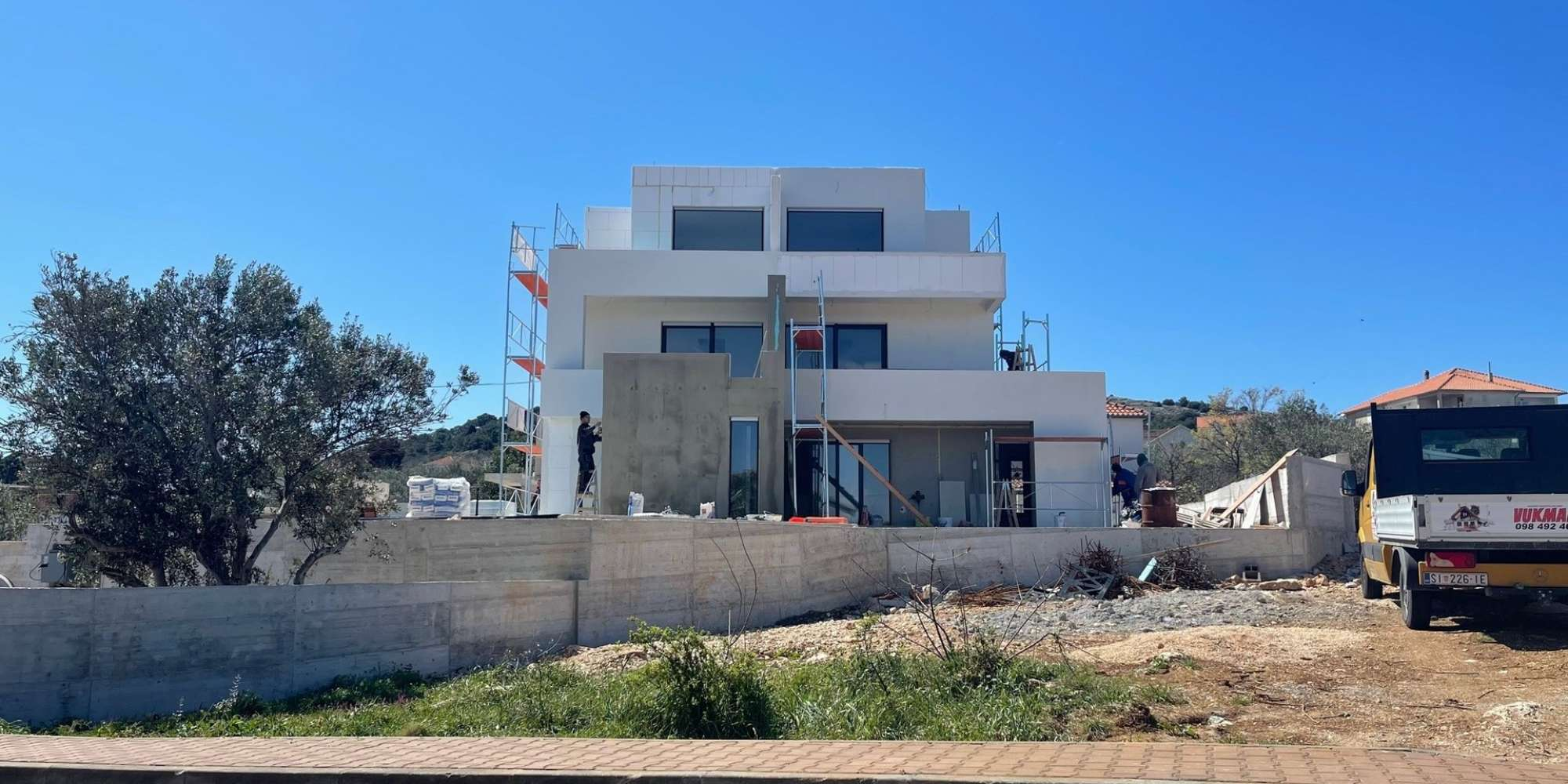 NEW BUILDING - Murter - 122m2- sea view - duplex