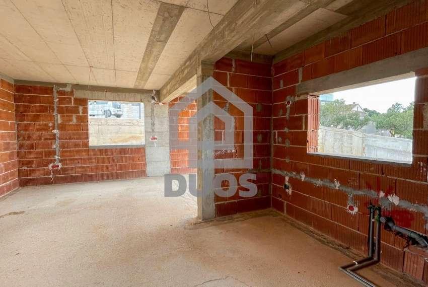Novogradnja - Murter - dvije spavaće - pogled - parking - 1.kat 9