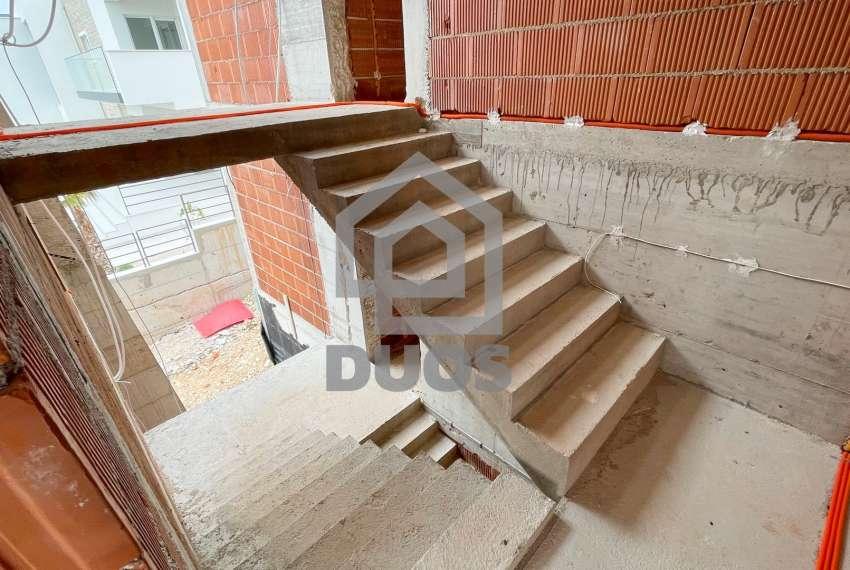 Novogradnja - Murter - dvije spavaće - pogled - parking - 1.kat 13