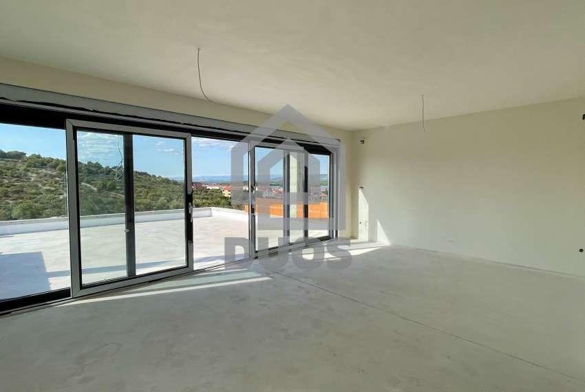 Novogradnja - stan s tri spavaće sobe - blizina plaže - Murter 19