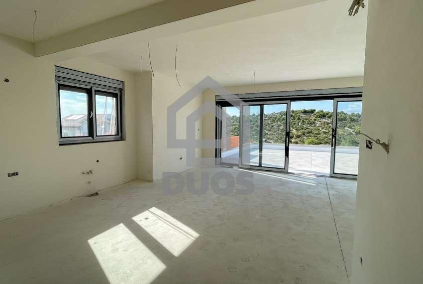 Novogradnja - stan s tri spavaće sobe - blizina plaže - Murter 20