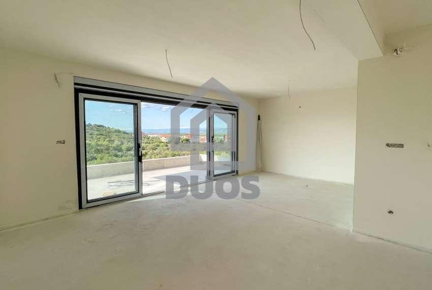 Novogradnja - stan s tri spavaće sobe - blizina plaže - Murter 21