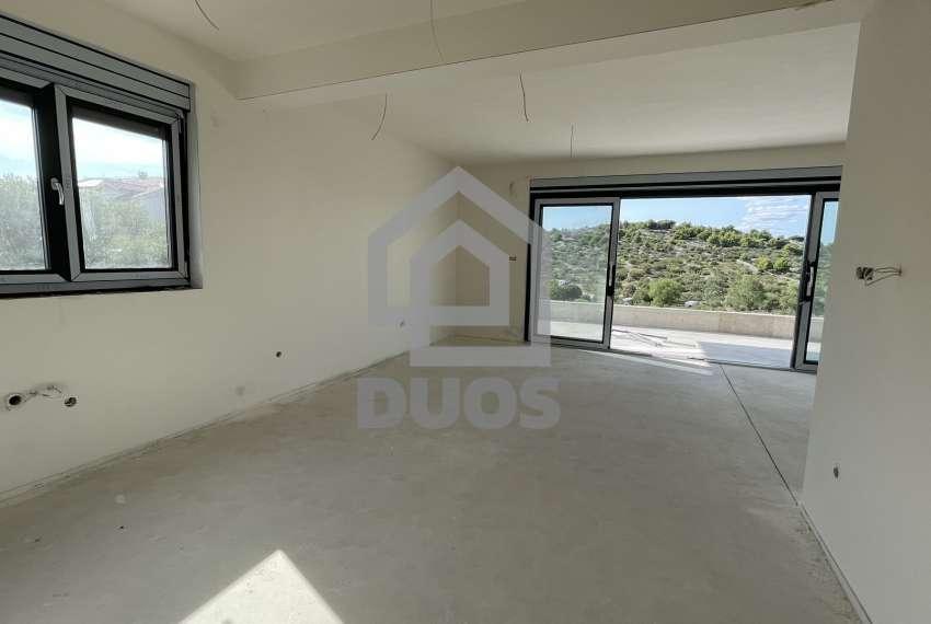 Novogradnja - stan s tri spavaće sobe - blizina plaže - Murter 26