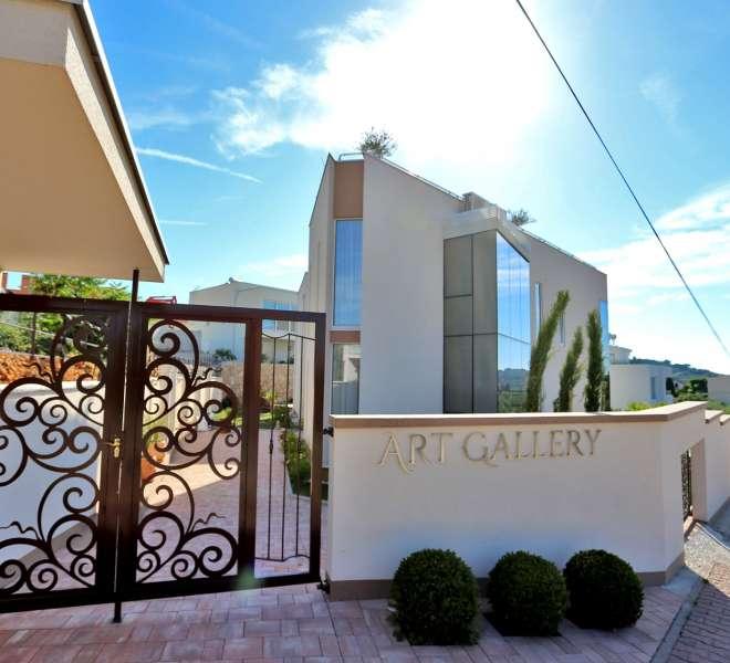 Villa Art Gallery - prekrasna vila sa četiri apartmana - 5 zvjezdica